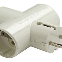 ADAPTADOR TRIPLE TT LATERAL 16A/250V