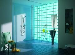 Bloques de vidrio, una solución para ganar luz en los pequeños espacios